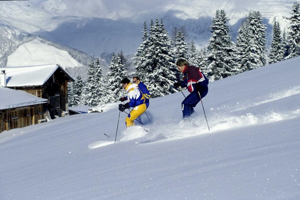 Результат пошуку зображень за запитом Готель «Київська Русь» східниця лижі